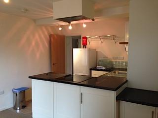 4A Mortlock Kitchen 1